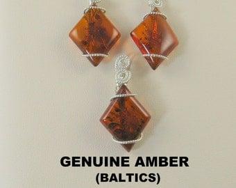 Superb Genuine Baltic Amber Wire Wrapped Pendant and Ear Ring Set.