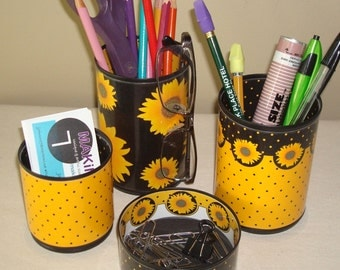 Sunflower Desk Accessories / Pencil Holder / Pencil Cup / Office Desk Organizer / Yellow-Gold and Black Sunflower Office Decor - 820
