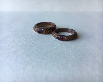 Acorn Ring with Garnet