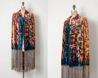 vintage 1920s cape / panne velvet 20s fringed cape / Trippy