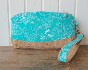 Clematis Wristlet in Sun Print Grow in Turquoise with natural cork