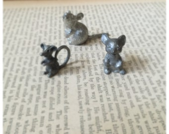 Vintage 2 Small Mice Rat Pewter Figurines