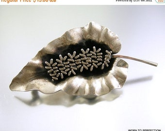30% Off Sale Sterling Silver Leaf Brooch by Jewel Art