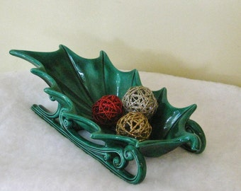 Vintage Large Ceramic Green Holly Leaf Sleigh Centerpiece Candy Dish 1960's Christmas Decor, Ceramic Mold