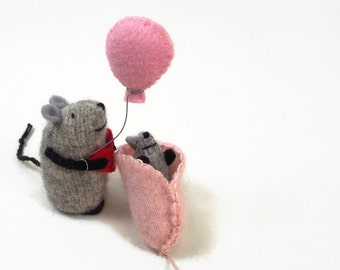 baby mouse with papa, waldorf baby, toy mouse, shower gift, baby gift, mouse family, felted mouse set, waldorf toy,