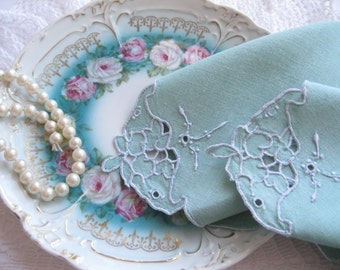 Napkins, Doilies, Spearmint, Green, Cutwork,  Shabby Cottage, French Country, Romantic Home,High Tea, by mailorder