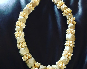 Lauhala Ball and Cowry Shell Lei