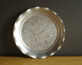 Flowers and Flowers Tray - Hammered Aluminum Engraved Tray - Vintage Metal Drink Tray or Serving Tray