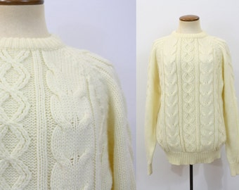 Vintage Sweater 1970s Boyfriend Pullover Ski Bunny Fisherman Cable Knit Cream Chunky Cozy Oversize 70s Retro Jumper