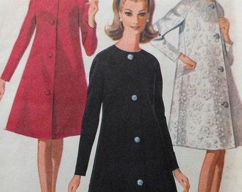 Vintage  Coat Sewing Pattern McCalls 8530 Size 12