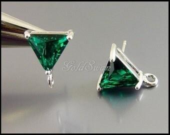 2 holiday green emerald triangle shape stud earrings in silver, glass earrings 5138R-EM