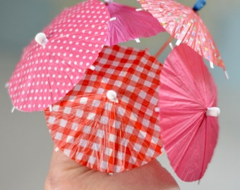 10 pcs Summer party drink favour, Red pink cocktail umbrella set, Cup Cake Toppers for wedding party