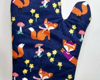 Quilted Oven Mitt - Lil' Foxy in Navy - Oven Glove - Potholder - Handcrafted - Ready To Ship