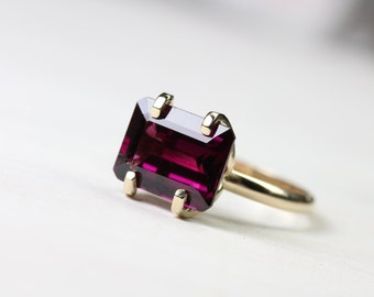 Rhodolite Garnet Ring 14k Yellow Gold Romantic Sculptural 4 Prong Statement Ring January Birthstone Valentine's Day Gift - Raspberry Love