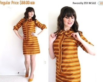 ON SALE 60s Dress / 1960s Mod Mini Dress / 60s Striped Orange Shift Dress