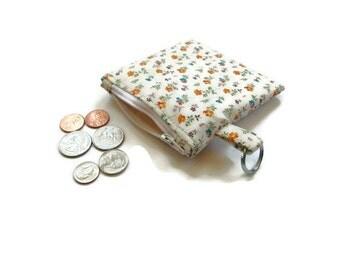 Change purse/key chain, coin pouch, zipper pouch, vintage floral, bridesmaids gift, mini wallet