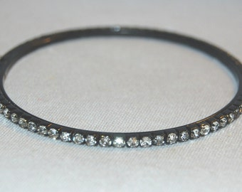 Vintage / Bangle / Bracelet / Rhinestone / Black / Clear /  Sparkle / Bling / old jewelry