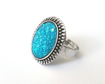 Turquoise Druzy Ring, Faux Blue Druzy on Antiqued Silver, Adjustable Ring, Sparkly Ring, Cocktail Ring, Elizabethan Ring