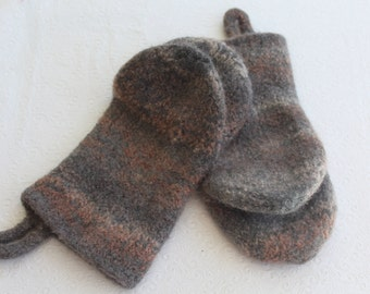 Gray, Cream and Fawn, Knit Felted Wool Oven Mitt Set, Wool Felt Oven Mitt Set, Knit Felted Oven Mitts, Wool Oven Glove Set, Hostess Gift