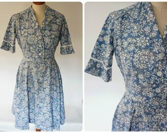 Pretty 1950's Blue floral Day Dress