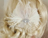 Ivory Bridal Fascinator, Wedding Hair Clip, Ivory Feather Hair Clip, Bridal Hair Clip, Wedding Fascinator, Ivory Feather Fascinator