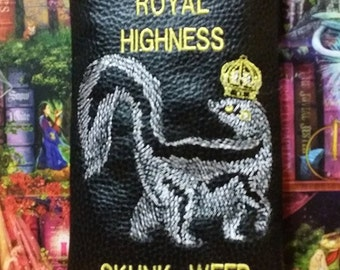 Royal Highness skunk weed pipe pouch