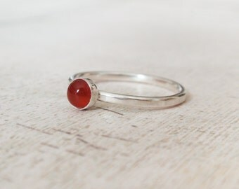 Red onyx ring, sterling silver ring, gemstone ring, tiny red onyx ring, round gemstone ring, round red onyx ring, red gemstone ring