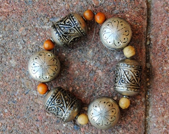 6 Moroccan Silver Beads