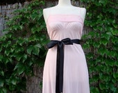 ON SALE Vintage / 70s / Cotton Candy / Pink / Pin Up / Slip / Nightgown / SMALL