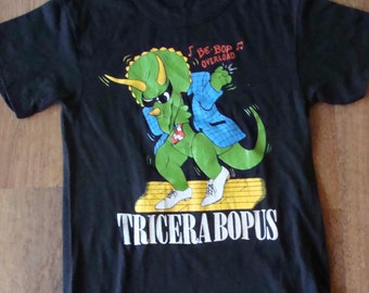 Vintage 1980s kids Dancing Dinosaur screen print t shirt size 8 retro