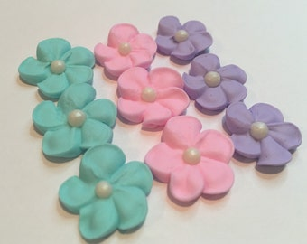 lot of 150 Royal Icing flowers  for Cake Decorating