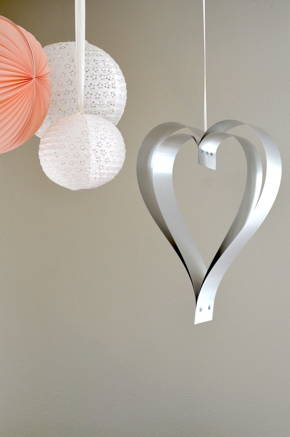 Large 3D Metal Hanging Heart - romantic statement decoration for both indoors and out! Loverly for weddings, anniversary and home decor.