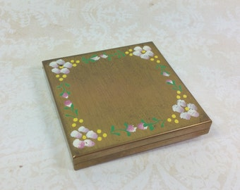 "METAL COMPACT with FLOWERS, Gold Tone, Unmarked, 2 1/2"" Square, Vintage Powder Holder, Ladies' Accessory"