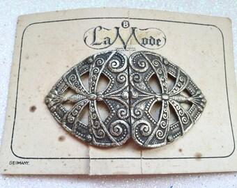 Antique La Mode Belt Buckle Original Card