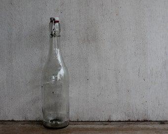Vintage French Glass Bottle// Limonade Aux Extraits Naturels De Citron France// Wire Bail Lid