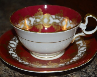 Aynsley cup and saucer 1215 - burgundy red color and gold - tea cup - party