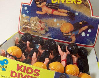 Vintage NOS Wind-Up Kids Divers 1 Dozen, For Tub, Pool & Sea Side Fun, 1960s Made in Hong Kong