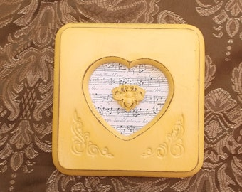Petite art, Yellow Bee, Repurposed, shabby French country, home decor