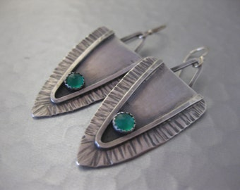 Trendy Triangle Earrings with Green Onyx Crystal Quartz Doublet