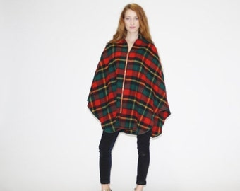 SALE 65% OFF ends 02/16 1950s Vintage Holiday Plaid Cape - Vintage 50s Wool Capes  - Vintage Red Cape  - WO0506
