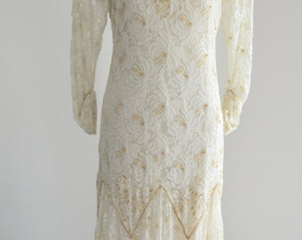 Vintage CHANNA boho sequins and floral lace wedding dress Long sleeve XS