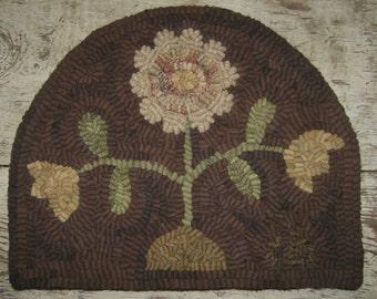 Folk Art Primitive Hand Hooked Primitive Blooms Rug