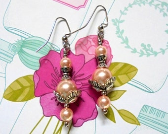 LIght Pink and Silver Pearl Earrings (2702)