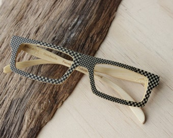 100% handamde Black and white plaid glasses from TAKEMOTO