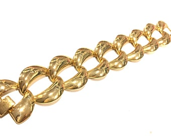 Golden Chain Link Bracelet Vintage Jewelry Bold Gold Statement Timeless Classic