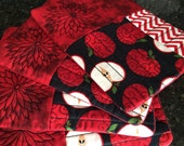 Quilted Apple Mug Rugs, Set of 4