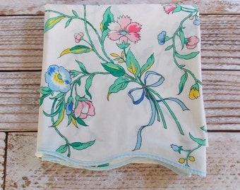 Vintage Twin Flat Sheet  / Pink & Blue Floral / Vintage Linens