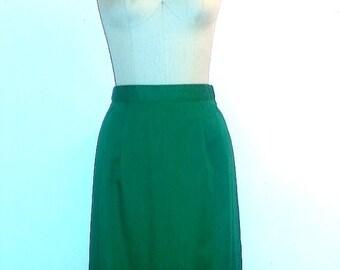 AUTUMN ARRIVAL 25% OFF 1960s Green Skirt ~ 60s Spring Skirt ~ Girl Scout Skirt
