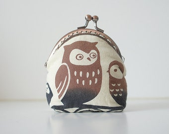 Coin Purse // Owls // Beige