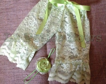 lace leggings, baby pants, photo prop, baby clothing, lace pants, lace leggings, newborn lace pants, baby accessories, baby lace pants,